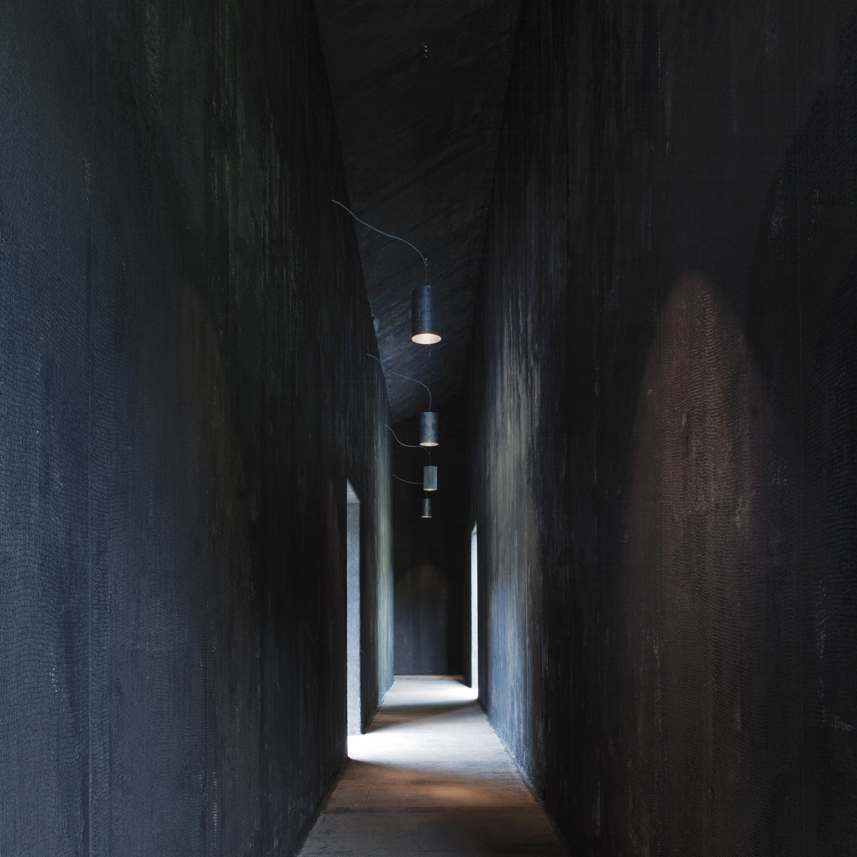Serpentine-Gallery-Pavilion-arch.-Peter-Zumthor-London-UK-1