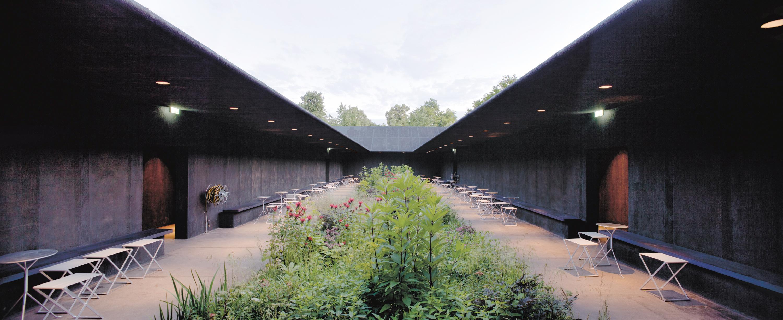 Serpentine-Gallery-Pavilion-arch.-Peter-Zumthor-London-UK-7