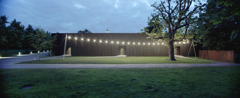 Serpentine-Gallery-Pavilion-arch.-Peter-Zumthor-London-UK-9